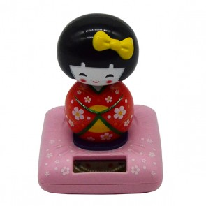 Boneca japonesa Kokeshi solar vermelha